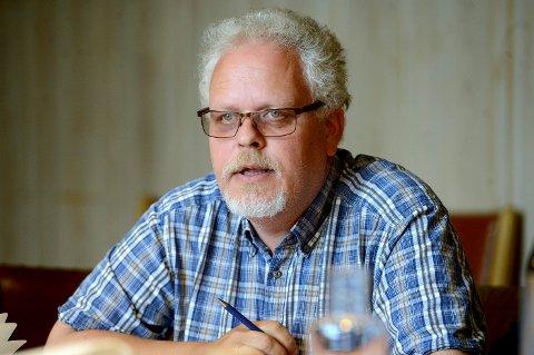 Etter ti år som leder i Elverum Ap vurderer Jørn Øversveen å takke nei til gjenvalg.