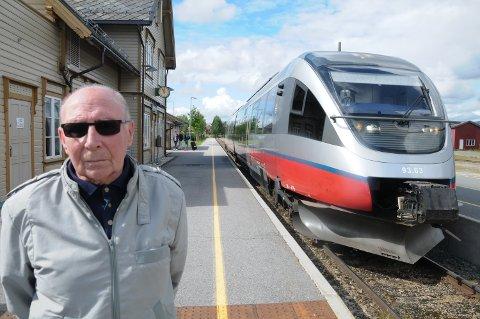 ALDRI MER TOG: - Når folk blir behandlet slik har jeg mistet lysten på å reise med tog, sier Ragnar Talsnes.