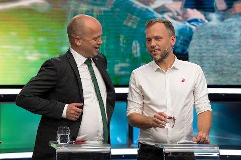 Sp-leder Trygve Slagsvold Vedum kan bli kommunevalgets suverene vinner når det gjelder antall mandater i kommunevalget. Også SVs Audun Lysbakken kan glede seg over det som ser ut til å bli en markant styrking av partiet.