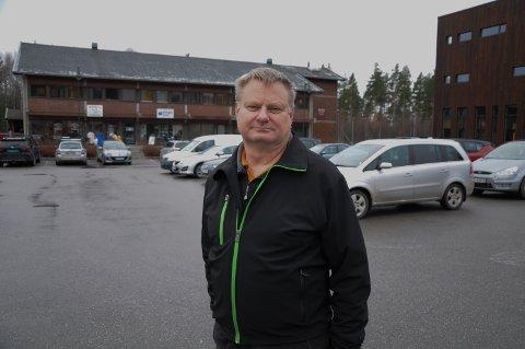 BØNN TIL INNBYGGERNE: – Nå er det viktig at vi alle viser raushet og varme overfor de som har testet positivt og de som er i karantene, sier ordfører Even Moen i Stor-Elvdal.