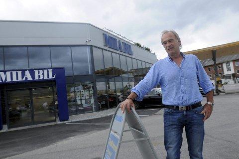 GODT LIKT: – Det var med stor sorg vi i Subaru Norge AS mottok beskjeden om Willy Hornseths bortgang. Hornseth var alltid ærlig og en mann for sine ord, uttaler daglig leder i Subaru Norge, Torbjørn Lie.