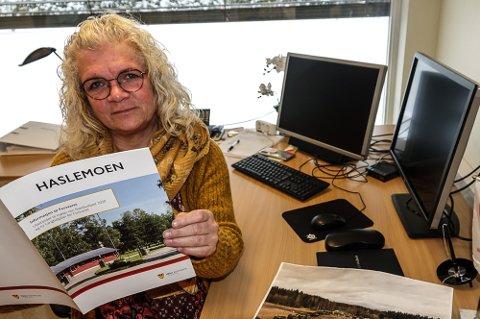 VENTER PÅ SVAR: – Jeg håper virkelig at Forsvaret gjør sin Haslemoen-utredning, sier fungerende Våler-ordfører May-Liss Sæterdalen.