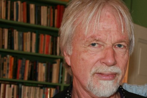 Jan Mehlum står i spissen for skrivekurs.