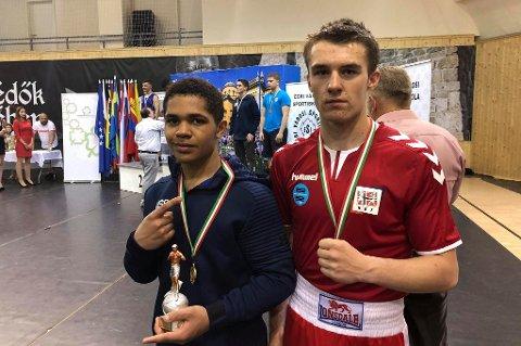 SØLV: Marcus Elnæs-Øvald tok sølv for Norge i Ungarn.