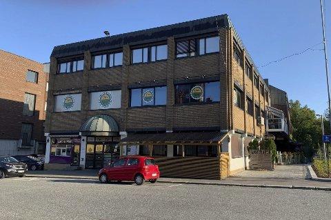 Store planer: Park Eiendom AS lanserer store planer for Jernbanegata 2. De ønsker blant annet å bygge på med to etasjer i høyden, for å få plass til 40 mindre leiligheter i Park-bygget.