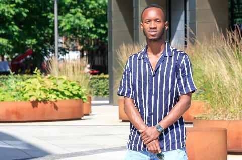AVSLAPPET: – Jeg er en veldig avslappet type, som har tro på at det kommer til å ordne seg. Nå er jeg klar for fight, smiler Jean Bernard Kamali (26).
