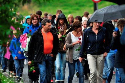 LOKAL MARKERING: Også i Rakkestad gikk det rosetog etter 22. juli-terroren, der 77 mennesker mistet livet.