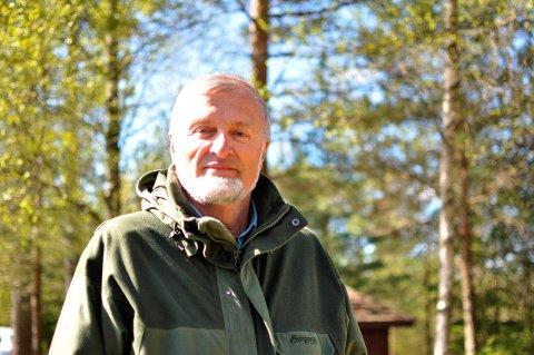 Tur: Nils Skaarer leder blomstervandring i Rakkestad til søndag. Arkivfoto