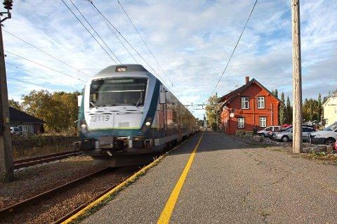 Tog: Det er fortsatt uvisst når og om det vil gå tog mellom Rakkestad og Sarpsborg.