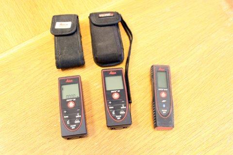 Tyvegods: Politiet håper å finne eieren til disse tre lasermålerne.