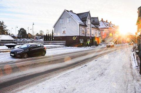 Det kan bli galtte veier i Rakkestad mandag kveld og tirsdag.