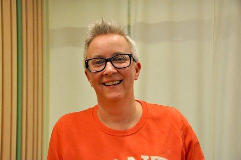 SOLGT BILLETTER: Marit Westad Spaniland er øvingspianist i Rakkestad-koret.