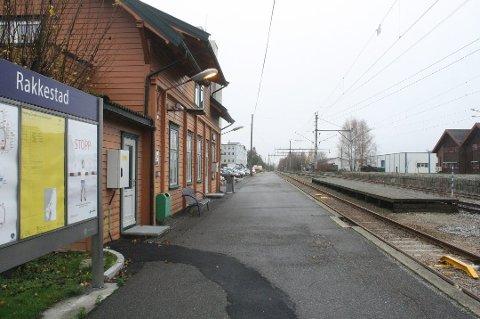 UTSATT STREKNING: Morgentoget fra Rakkestad stasjon til Oslo S ble innstilt for tredje dagen på rad onsdag.