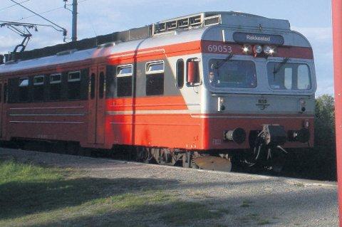 MORGENTOG INNSTILT: Passasjerer fra Rakkestad har denne uken måtte finne seg i å ta 07:21-toget fra Mysen da 06:06-toget fra Rakkestad har blitt innstilt fire dager på rad.