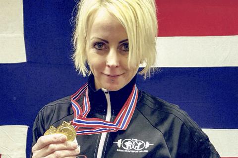 VM-klar: Line Andreassen er klar for VM i styrkeløft Master, og satte denne helga hele syv nye norgesrekorder i 52 kg klassen.