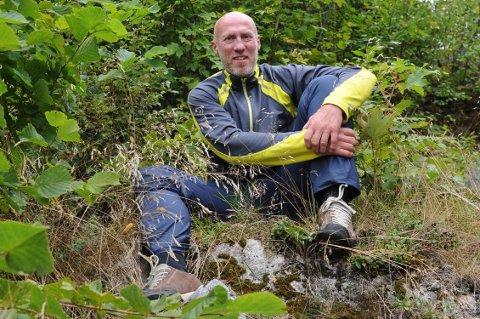 Hugo Tingvoll håper at en ny nettside skal være med å mobilisere enda flere til å rydde i fjæra og langs vann og vassdrag.