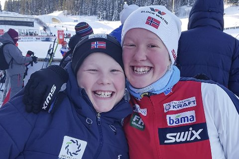 FORNØYD: Erik og Oda Leiråmo etter kombinertrennene i Trondheim i helga.