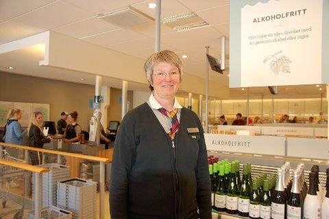Maria Olovsdotter er butikksjef på Systembolaget, og hun forteller at skjærtorsdagen er travel.