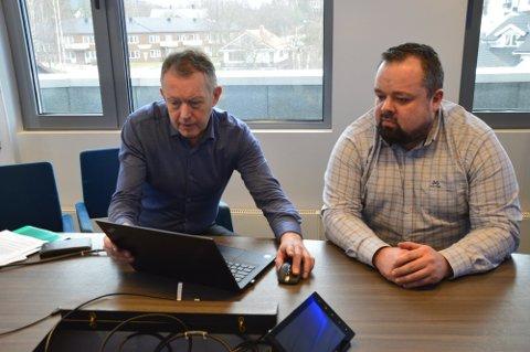 Henrik Johansen og Ole M. Kolstad i PLU er glade for at Avinor tidfester flyplassen, men stiller seg samntidig undrende til hvorfor de ikke bruker kontrakten som er inngått med Peab/Hæhre.
