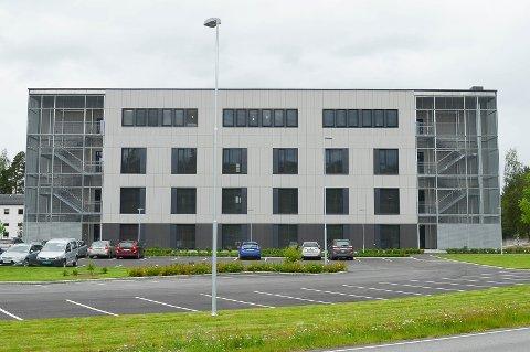 HAR FÅTT ETTERSPILL: Innkjøpet av gardiner til det nye Helsehuset i Elverum har fått et juridisk etterspill, som kan koste Elverum kommune dyrt.