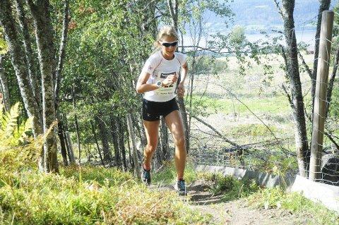 Tøffe tak: Lundehøgda opp byr på tøffe utfordringer, og lørdag 19. september gjennomføres årets utgave. Her ser vi Marte Kristine Sveen fra løpet i 2018.