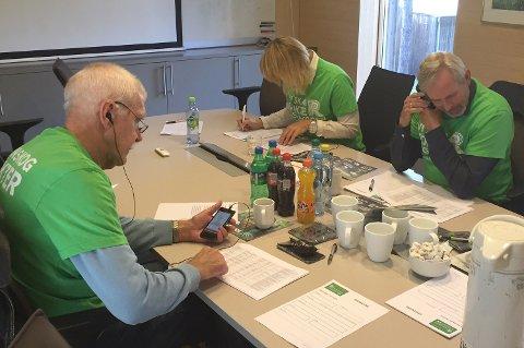 Hole Høyre er solid til stede: Jan Egil Lyng (fra venstre), Elisabeth Klever og Per R. Berger.