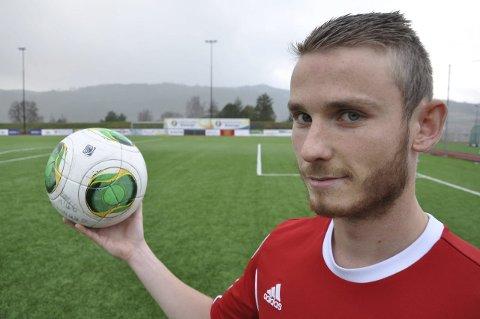 SCORET TO: Aleksander Bakken Tveter scoret to mål da Jevnaker slo Birkebeineren 4-0.
