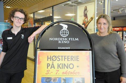 Max Zetterdal og Jannik Walberg Hønefoss kino håper på stort besøk i høstferien, og gleder seg til resten av sesongen.