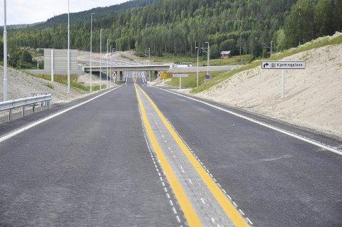DISTRIKTSRABATT: Riksvei 7 mellom Sokna og Ørgenvika.