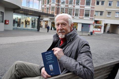 Egil Lerfaldet har skrevet naturfilosofisk bok i en alder av 78.