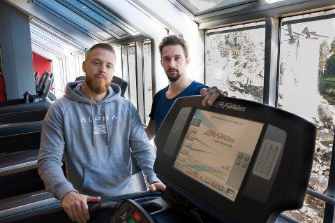 Viggo Sundvold og Kent Inge Eidsaunet har meldt oppbud for Raw Hønefoss.