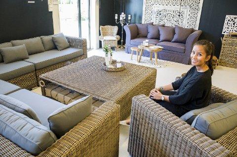 Camilla Dahl og kollegene i Lodge Living inviterer kundene inn i dag. Nettbutikken er drevet siden januar.