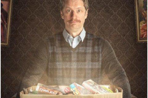 Odd Magnus Williamsson kommer til Ringerike Kultursenter med komedien «Min pappas porno», 23. september.