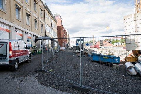 16. september skal Fossveien være klar med fortau og asfalt.