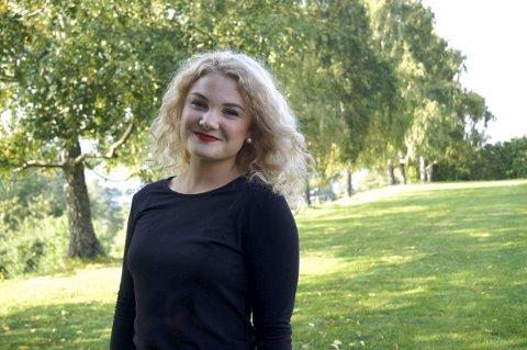Russepresident Andrine Nordahl Holte (18) håper å representere norsk ungdom på en respektabel og god måte.