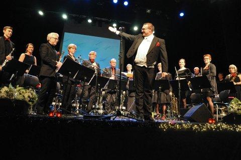 Hønefoss ungdomskorps, ved dirigent Espen Aslaksen, gav en god start på det nye året 2017.