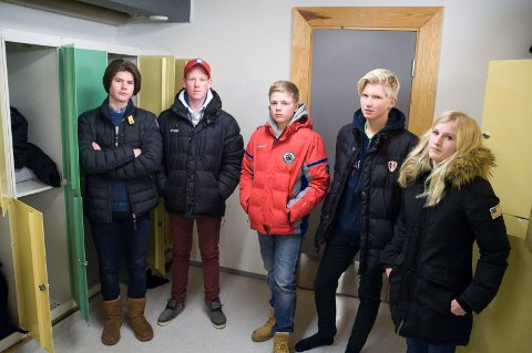 Tyveri: Jakob Ødegaard, Martin Karlsrud, Andreas Aabel, Emil Myhre, Heidi Krokvik Rotfoss har alle opplevd å bli frastjålet penger og eiendeler på skolen.