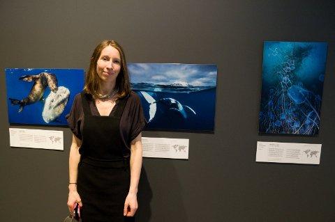 - Naturfotografier appellerer til alle, sier Kate Smith, gallerisjef ved Hadeland glassverk.