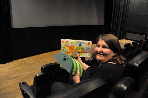 Katrine Wang Svendsen, assisterende kinosjef Hønefoss kino inviterer til Barselbreak onsdag.
