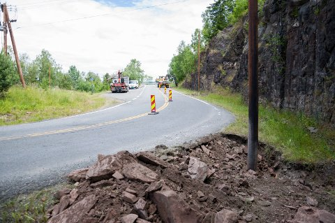 Til høsten: Arbeidet med gatelys ved Utstranda skal være ferdig innen september.