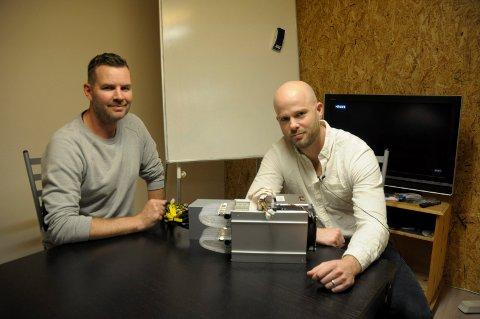 Blockchain Brokes: Thomas Høglund og David Vimo Garner driver firmaet.