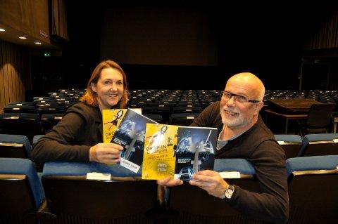 Nå blir det bra: - Vi har tro på å lykkes bedre med filmfestivalen i år, sier Ivonne og Kurt Salo.