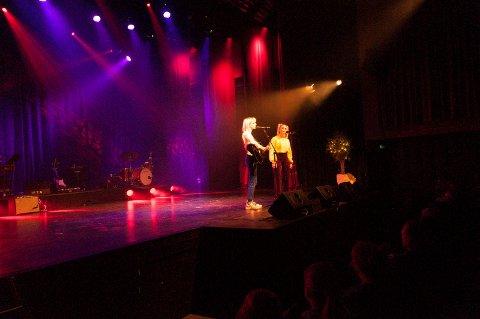 Her opptrer Marie og Maria på årets artistgalla under Krafttak for Kultur.