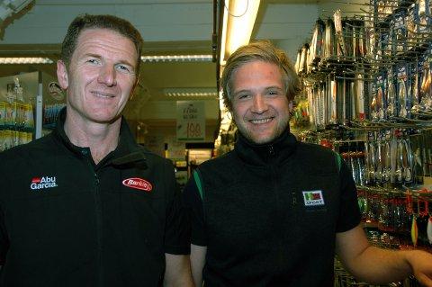 Leonard Brahushi og Helge Hungerholdt Haugstad hos Mx Sport starter opp pop up-butikk i Sentrumskvartalet.