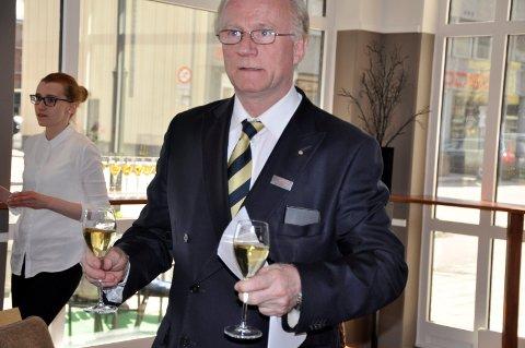 Kåre Grønli er ny direktør på  Scandic Hønefoss.