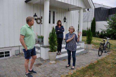 FORTVILER: Trond Gulestø, Eirin Brudvik og Else Breines har alle Kryptovault som nærmeste nabo, og plages av støyen fra viftene som kjøler ned datamaskinene bedriften bruker.