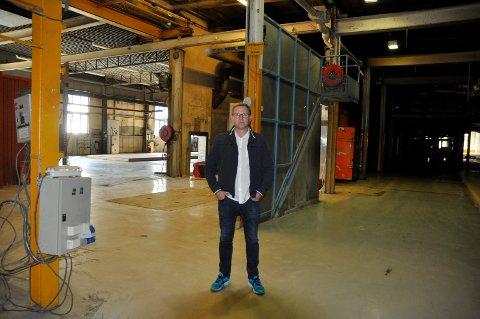 STORE MULIGHETER: Prosjektleder Kristian Osestad mener Huthamakis tidligere lokaler gir rom for mer enn et rent datasenter.