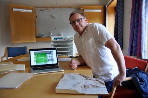 LOVER RYDDIG PROSES: - Vi skal varsle naboer, og vi skal ha alt på plass før vi setter i gang, sier prosjektleder Kristian Osestad på vegne av det nye datasenteret på Viul.