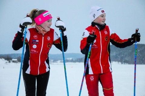 UNGE SKILØPERE: Hanna (13) og Peder (13) Jensen er ikke i tvil om at de vil bruke skiløypene på Steinsfjorden.