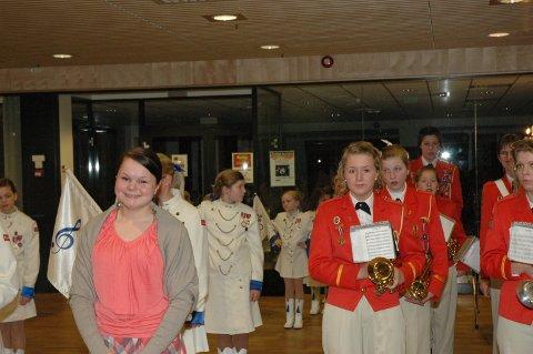 """Det var høy korpsfaktor i Hønefoss kino under Norgespremieren på """"Orps - the Movie!"""". Sol Elisabeth Larsen (14) fra Jevnaker har en av rollene i filmen."""